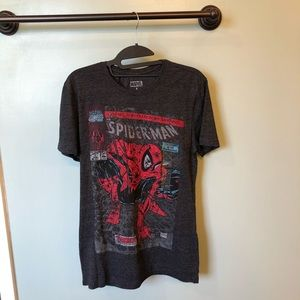 Men Marvel Spiderman Tee-Small NWT